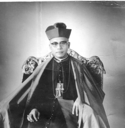 archbishop-teofilo-camomot