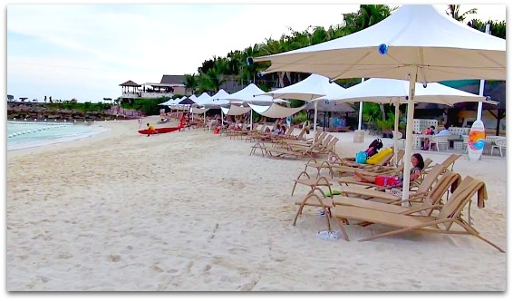 Enjoy the beach and sun at Shangrilas Mactan Resort in Mactan Island, Cebu
