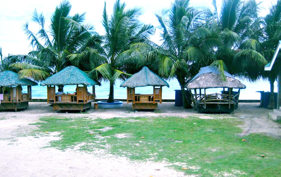 Aaron Beach Resort In Oslob Cebu