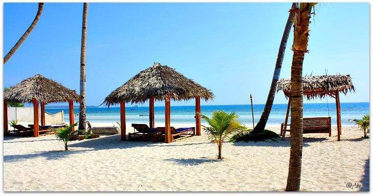Amihan Beach Cabanas beach view