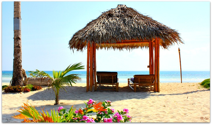 Amihan Beach Cabanas Hut Loungers