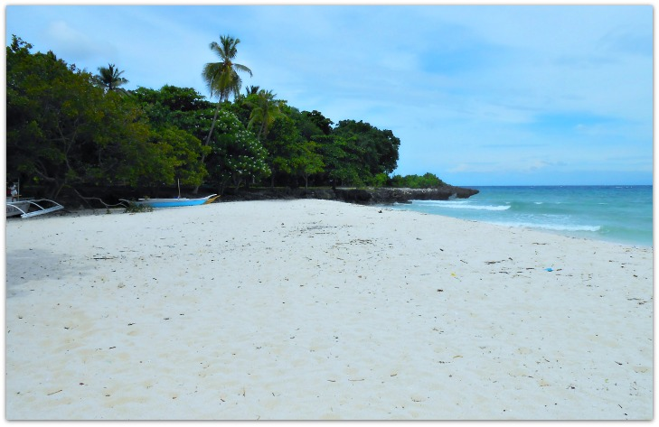 Bakhaw Beach resort's seaview and greens on Camotes Islands