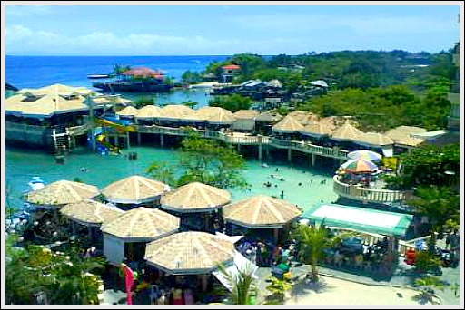 Blue Reef Resort & Hotel. Image source: stamaria.page.tl