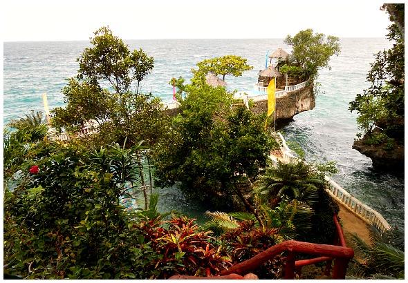 Buho-Rock-Resort