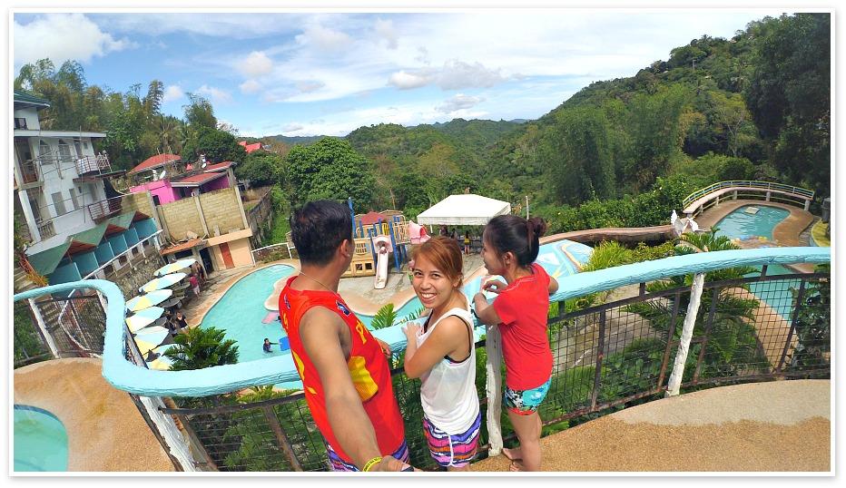 busay-holiday-pools-view