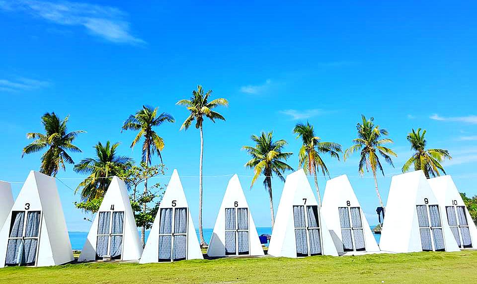 carnaza-island-ecopark-tents