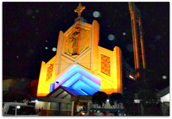 This is Santo Rosario Church beside San Carlos University in Cebu City
