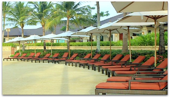 At Crimson Hotel Beach Resort you can get the best view and beach on Mactan Island with the comfortable beach facilities.