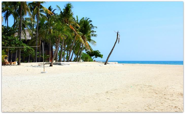 kota-beach-resort-beach