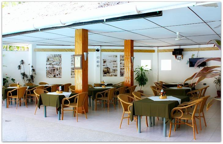 Marcosas Cottages Resort Restaurant