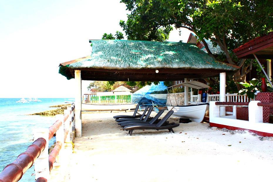 moalboal-beaches