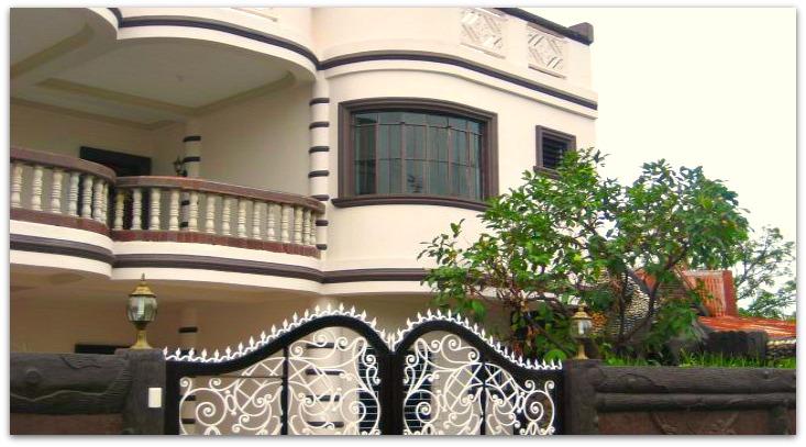 Pere Aristo Guest House