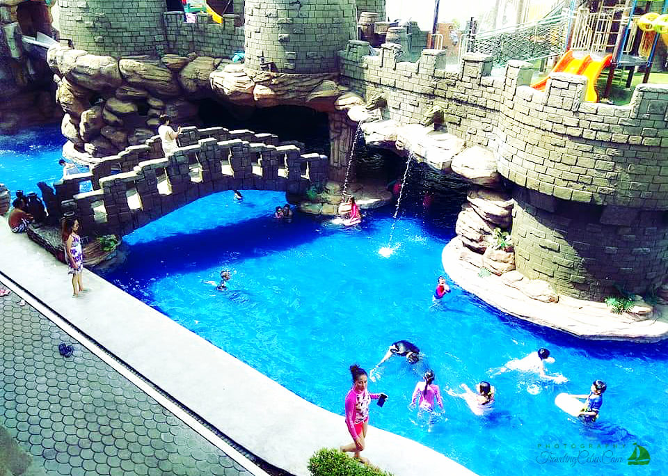 Cebu Westown Lagoon - Bridge over the pool