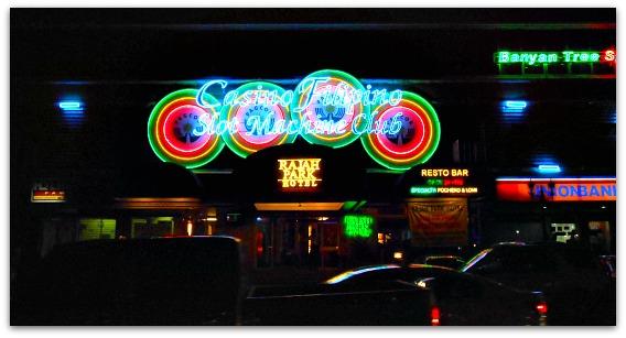 Cebu City at night in Fuente Osmena