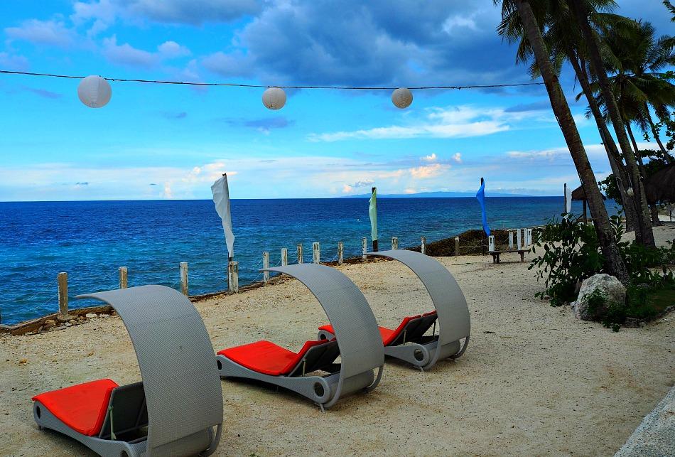 cebu-furniture-beach-loungers
