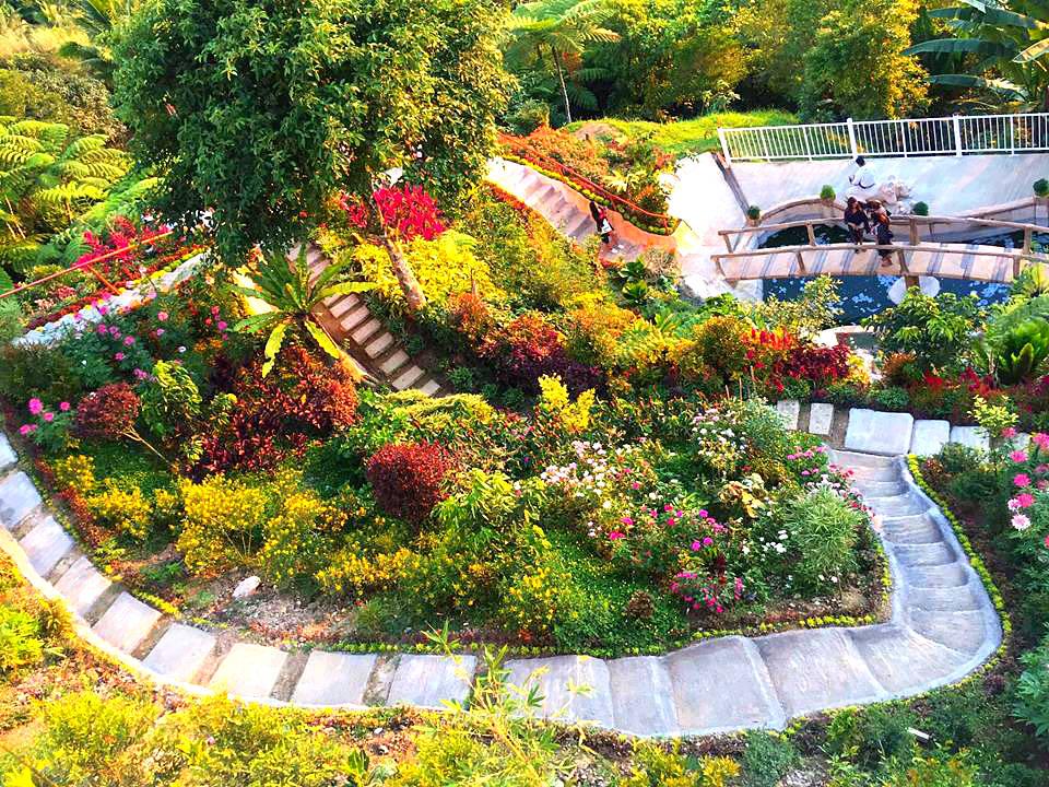 florentinos-eco-park-garden-view