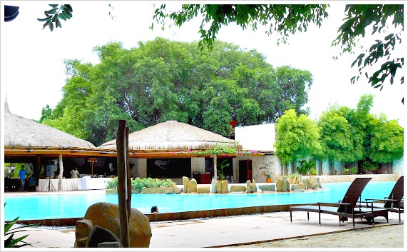 A pool of Maribago Bluewaters Beach Resort on Mactan Island, Cebu