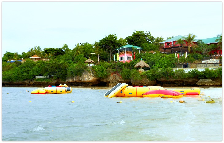 Santiago Bay Garden Resort Beach and sports facilities