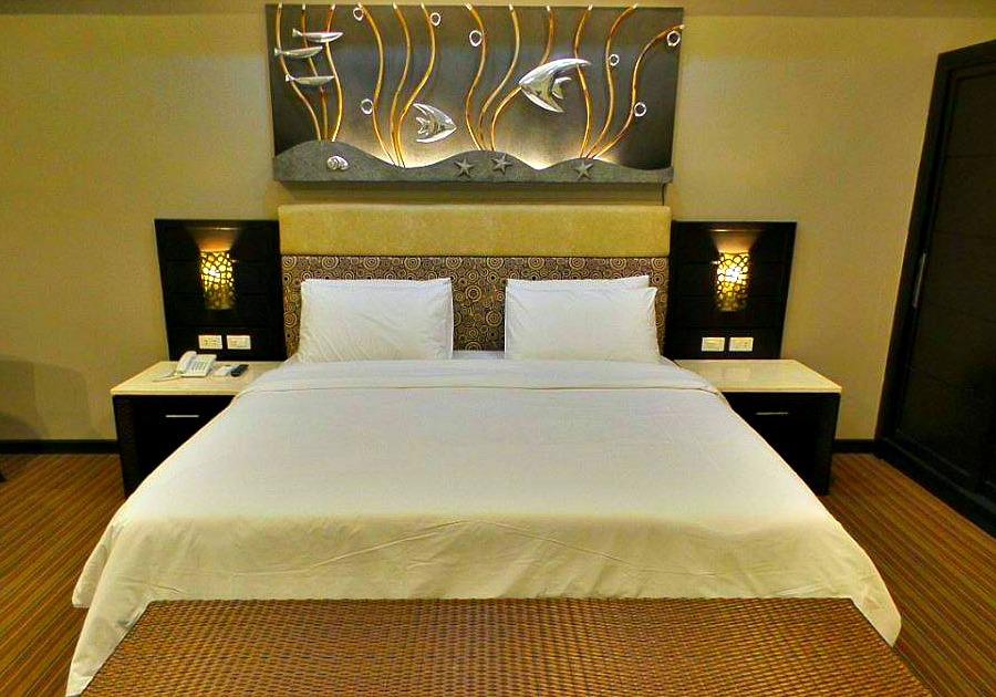 cebu-westown-lagoon-bedroom