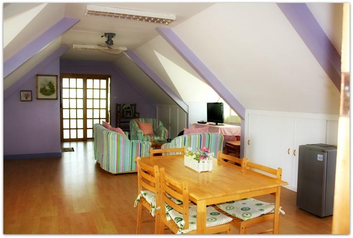 Yooneek beach resort deluxe room